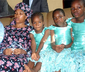 Blessing Bayo Ohu and four of her children. (Vanguard)